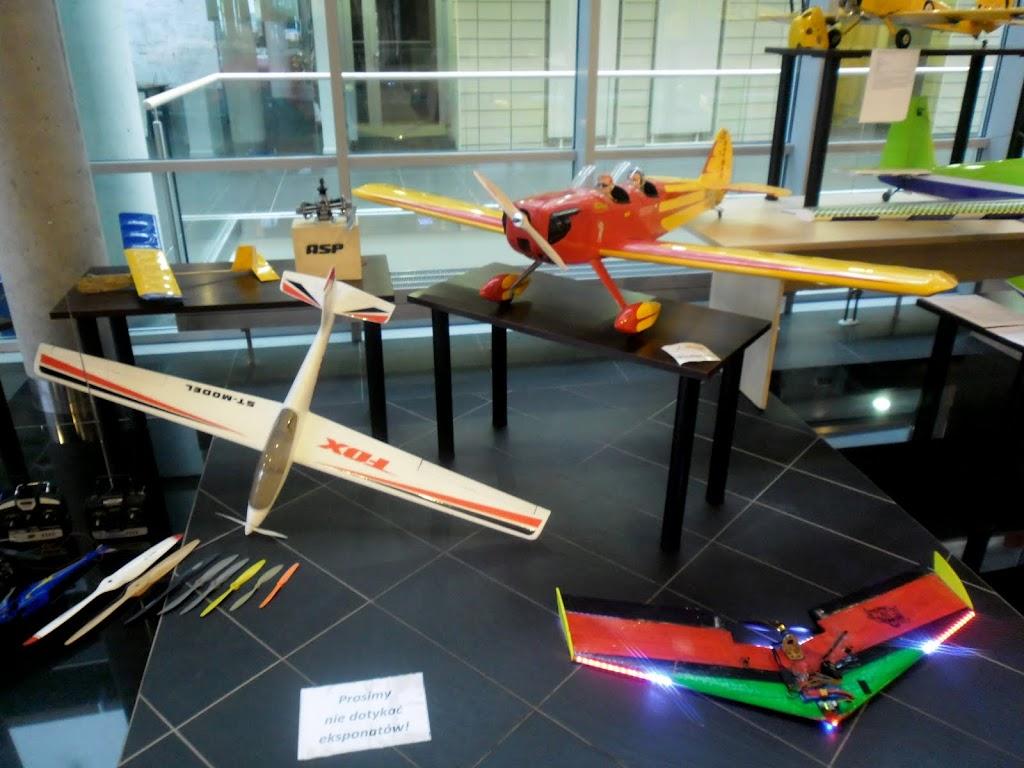 Mikołajkowa Wystawa Lotnicza na PP - SAM_3037.JPG