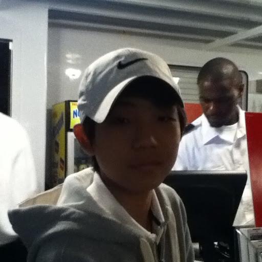 Homin Kang