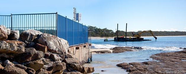 barge-at-husky-entrance
