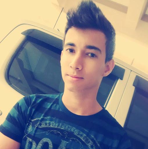 Alex Antunes R.