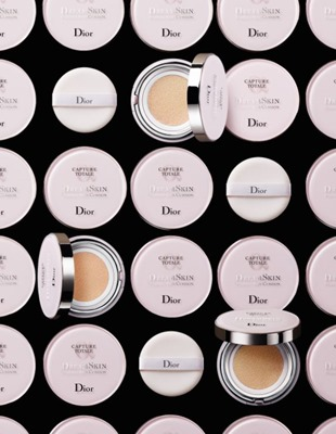 dior-capture-totale-dreamskin-perfect-skin-cushion-foundation