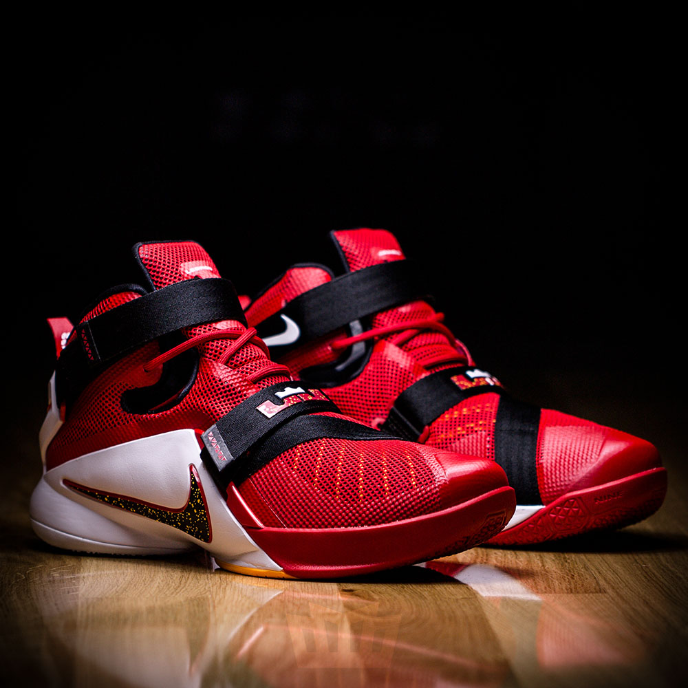 nike lebron soldier 9 gold red