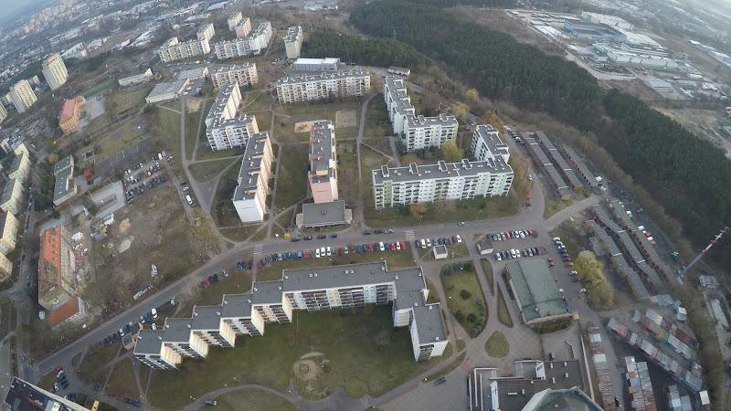 wynajem drona zdjęcia z lotu ptaka z drona Bydgoszcz - Kapuściska, ulica Sandomierska z lotu ptaka