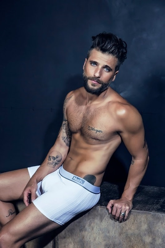 Bruno-Gagliasso-for-MASH-Underwear-160210-02