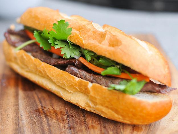 Hinh anh: Banh mi Viet Nam mot phien ban banh Sandwich Submarine