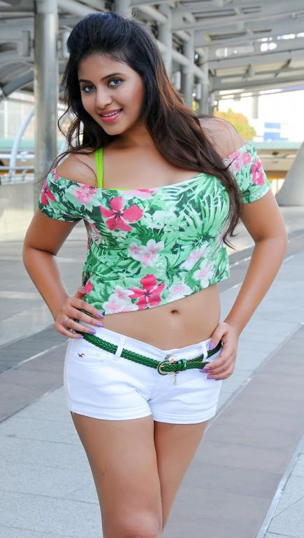 Actress Anjali's All TIME 10 HOTTEST Photos- Naval(belly) Show