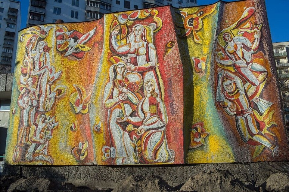 soviet-murals-ukraine-1