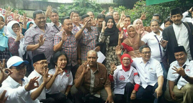Relawan Jokowi Deklarasikan Dukung Anies Sandi usai Nonton Debat