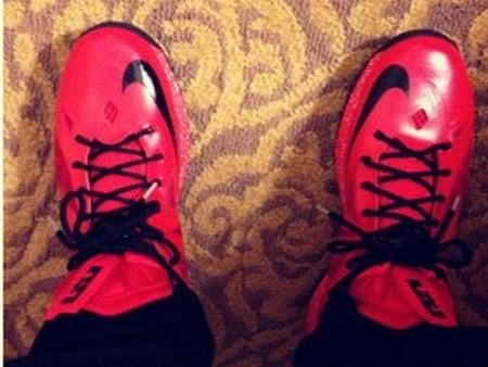 LBJ8217s Brand New Red amp Black Nike LeBron X PEs