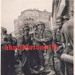 Горные стрелки во Львове, 1 июля 1941 года.jpg