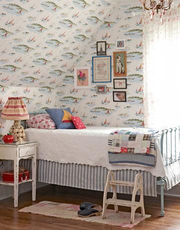 Seaside style coastal toile for Shore house decorating ideas
