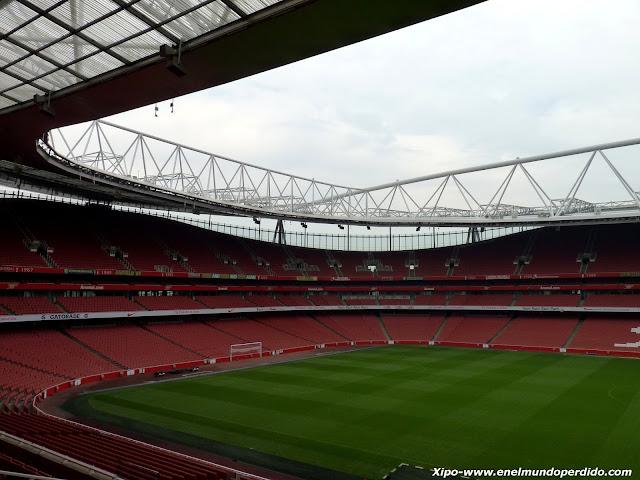 campo-futbol-arsenal-visita-emirates.JPG