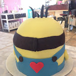 Bday Cake 20140426 Minion 02.jpg