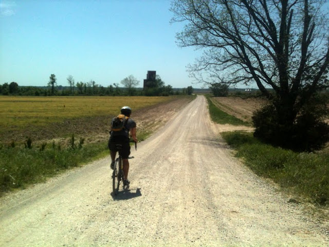 Gravel Grinding in MO