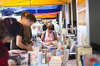 A 87. Ünnepi Könyvhét és 15. Gyermekkönyvnapok a Vörösmarty téren, Budapesten 2016 (MTI Fotó: Mohai Balázs)