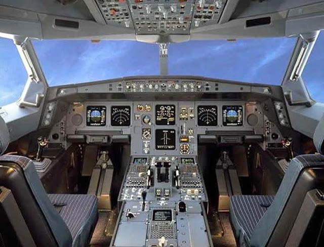 Кабина самолета Airbas A330