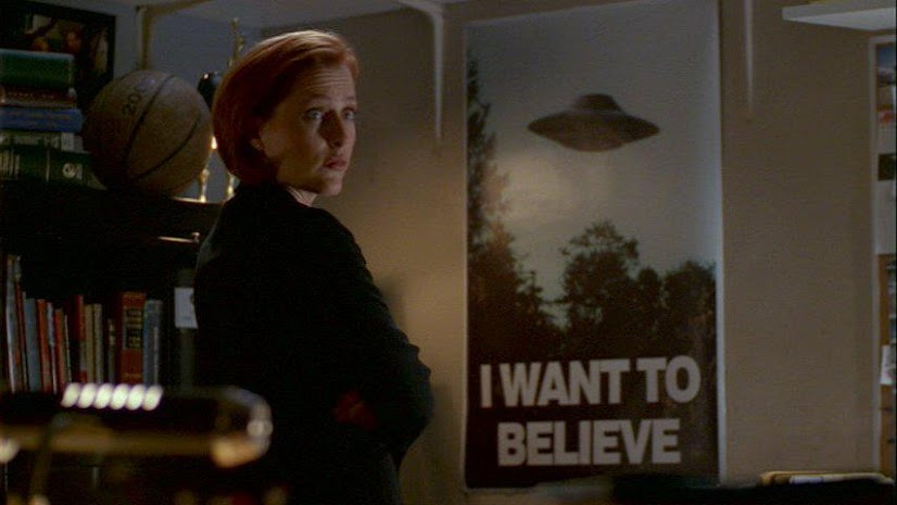 Dana Scully i UFO