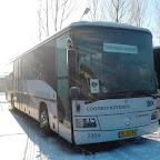 Mercedes integro van Connexxion tours bus 2904 met leerlingen vervoer aap