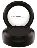 MAC_ItsAStrike_EyeShadow_Carbon_white_300dpiCMYK_1
