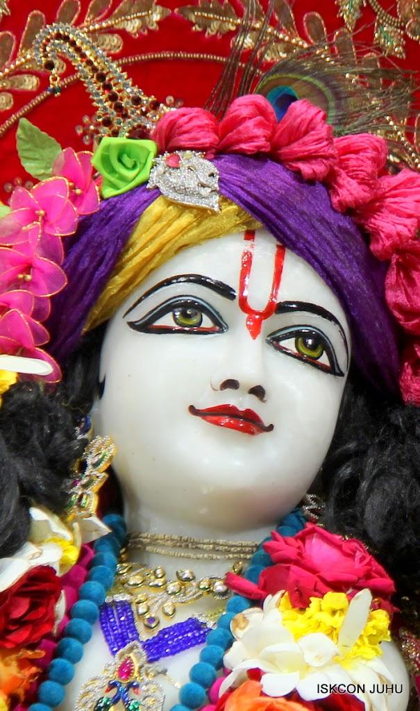 ISKCON Juhu Sringar Deity Darshan on 10th July 2016 (36)