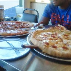 Angelo's Picnic Pizza & Italian Restaurant's profile photo