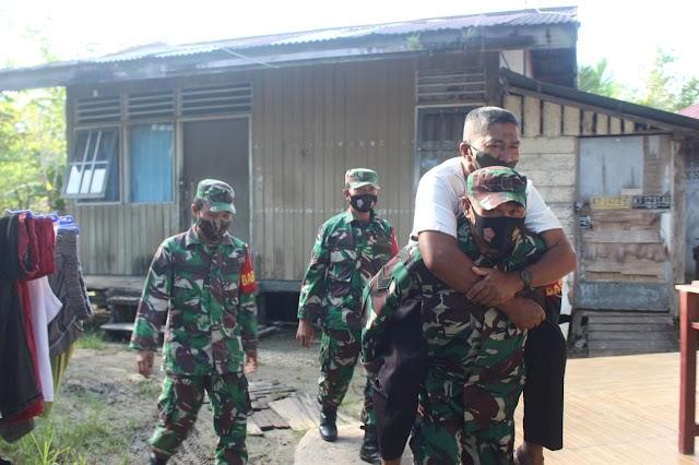Para Babinsa Kodim 0913/PPU Bantu Pelaksanaan Vaksin Covid-19 Kepada Keluarga Besar Purnawirawan, Warakawuri