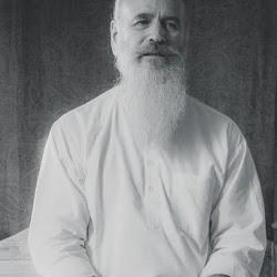 Satguru-Sirio-Ji-spiritual-quote-be-wise-have-goodwill-strength-change-your-life-meditation-surat-shabd-yoga-spirituality.jpg