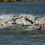 2011 07 03 Triathlon Noordwijkerhout 1 Zwemmen Comomeer door Lex