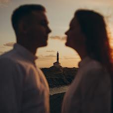 Wedding photographer Maksim Shvyrev (MaxShvyrev). Photo of 16.10.2018
