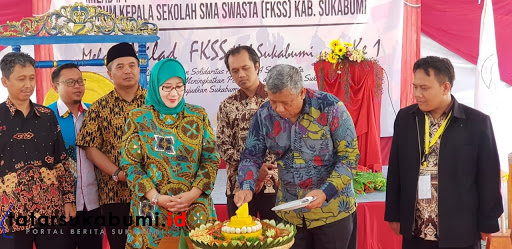 Forum Komunikasi Kepala Sekolah Swasta(FKSS) Kabupaten Sukabumi mengelar peringatan milad pertama// Foto : Asep M-Rhe (26/1/2019)