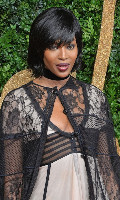 Naomi Campbell British Fashion Awards 2015 CrRx80HUV_Vx