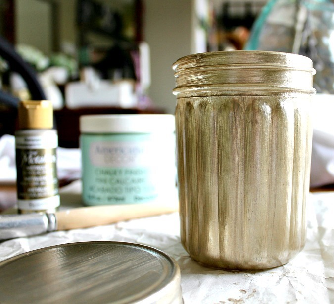 chalk-painted-mason-jar-3