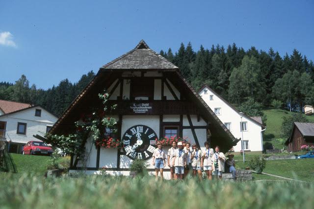 1985-1994 - 610-.jpg