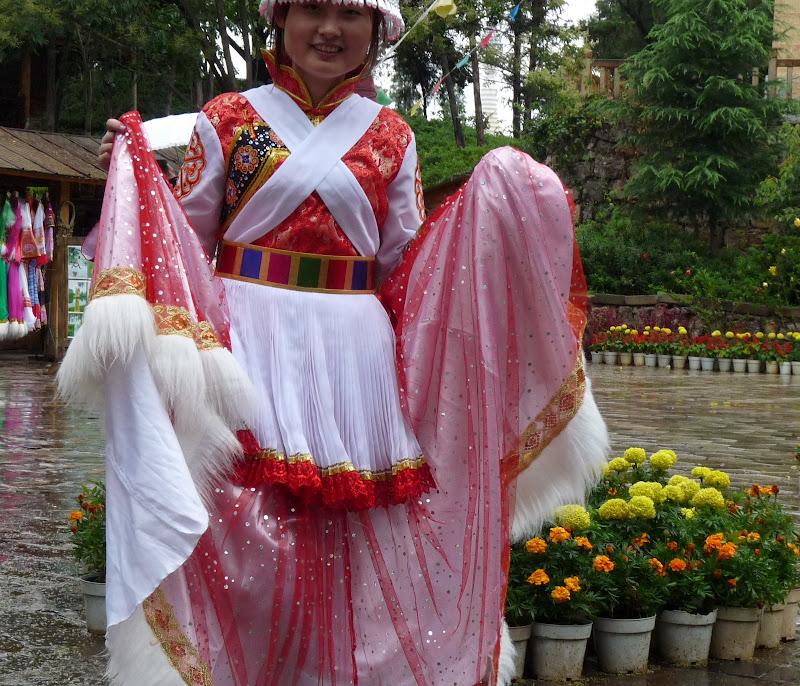 CHINE.YUNNAN.KUN MING Village des minorités 2 - P1270665.JPG