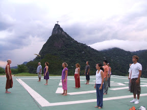 Yoga e Meditação no Mirante Dona Marta (domingo, 8/2/09, véspera da Lua Cheia)
