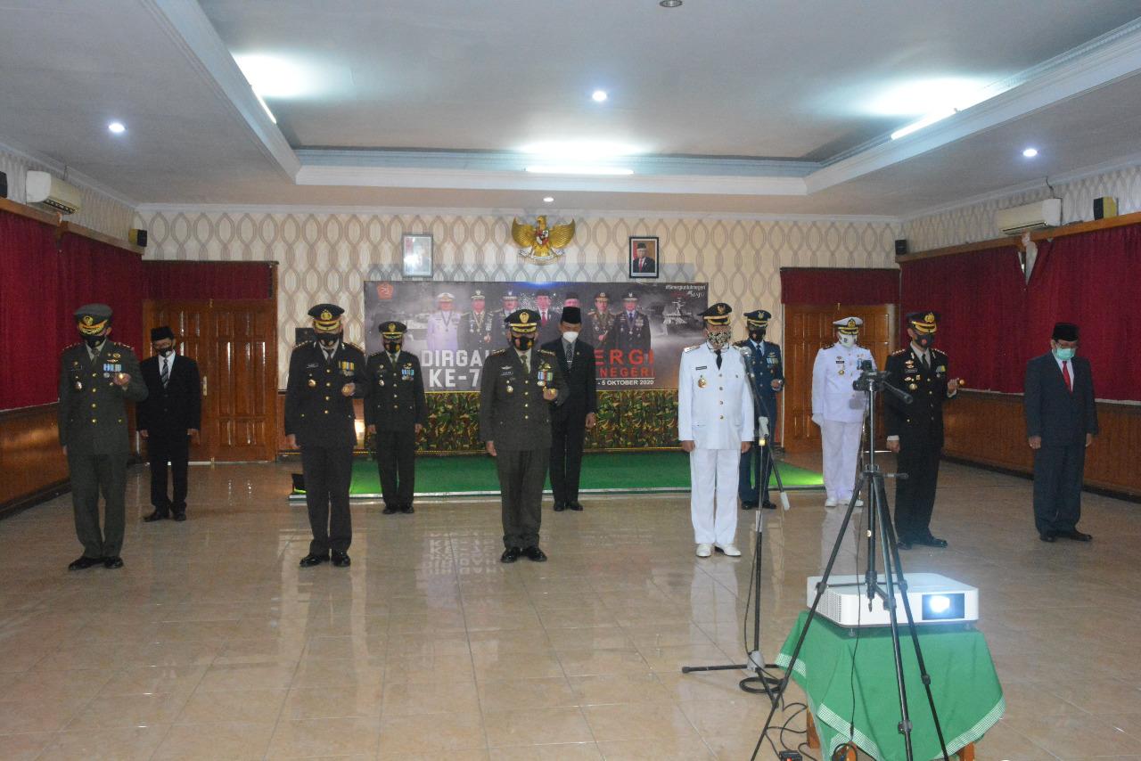 Danrem 071/Wijayakusuma Ikuti Upacara Peringatan HUT ke-75 TNI Secara Virtual