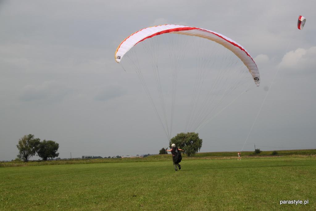 Szkolenia paralotniowe Sierpień 2012 - IMG_5155.JPG