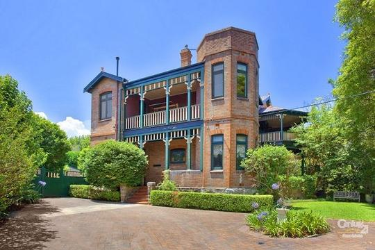 2 Woolwich Road, HUNTERS HILL