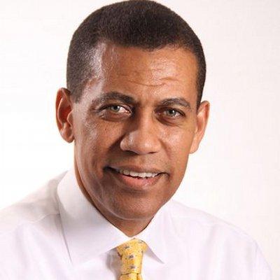 Dr. Guido Gómez Mazara deposita una denuncia, en contra del exdirector de Autoridad Portuaria Víctor Gómez Casanova