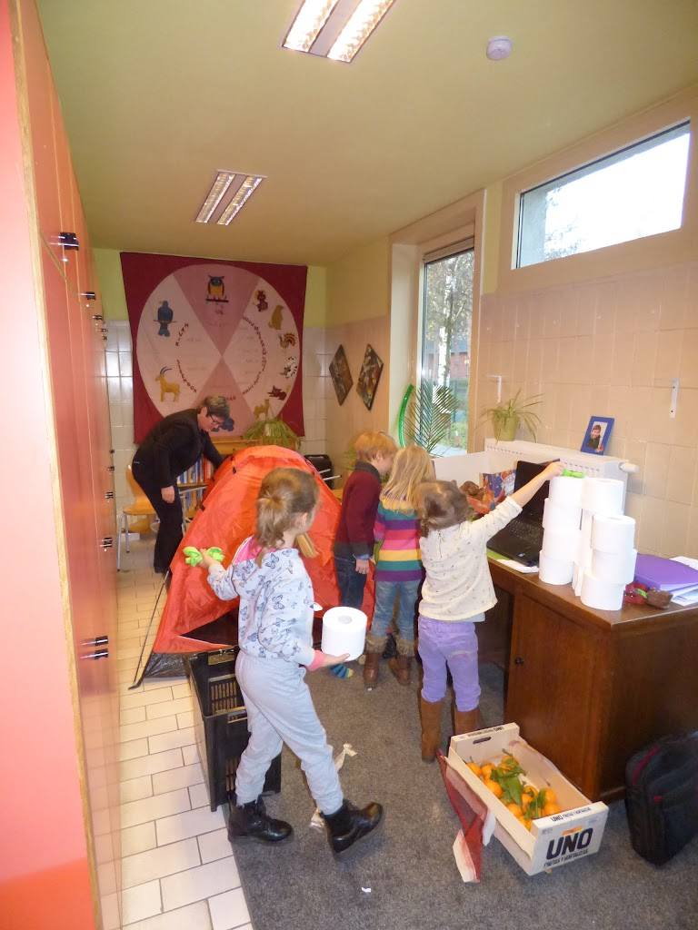 Sinterklaas op bezoek - P1060444.JPG