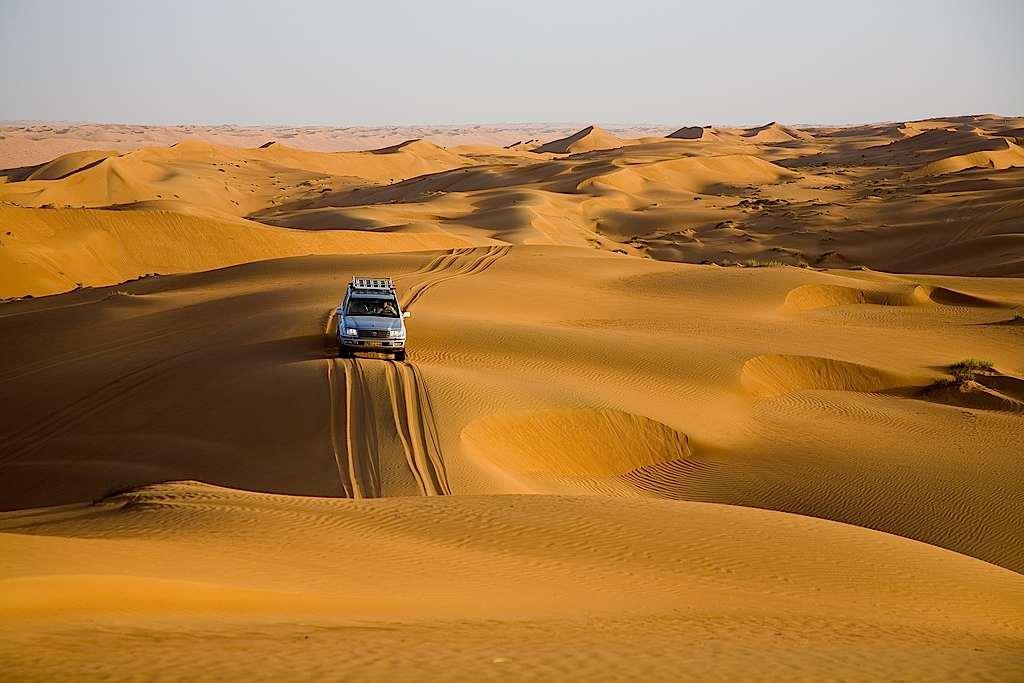 Oman - desert drive