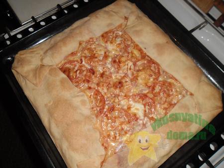 Вкусная домашняя пицца без дрожжей