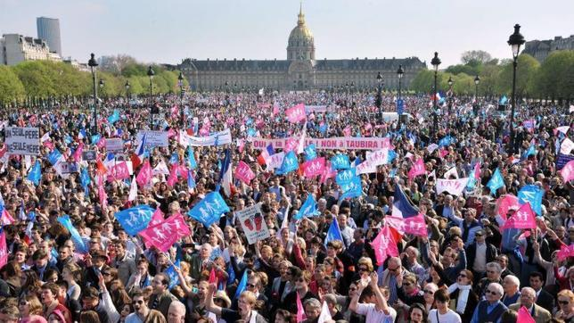 Manifestación en defensa de la familia en Paris