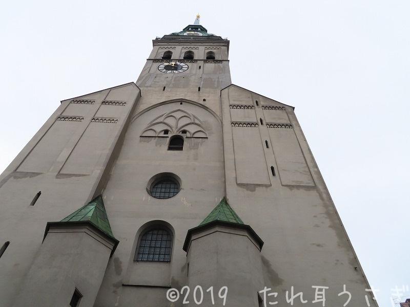 ミュンヘン ペーター教会の塔のチケット売り場・登り方をレビュー マリエン広場と仕掛け時計の絶景ポイント ドイツ旅行㉗