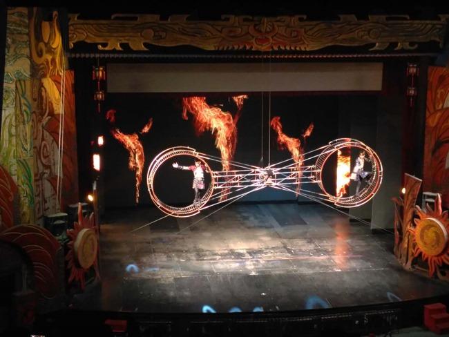 acrobatic show beijing 2017