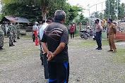 Muspika Mutiara Bersama Tim Relawan Desa Rapana Lakukan Penyemprotan Disinfektan
