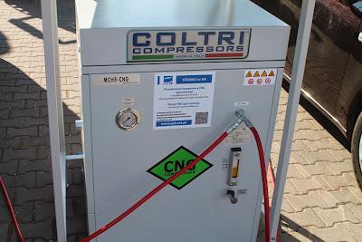 """Kompresor MCH 5 CNG podczas ekspozycji """"Strefa Metanu"""" na GasShow 2013"""