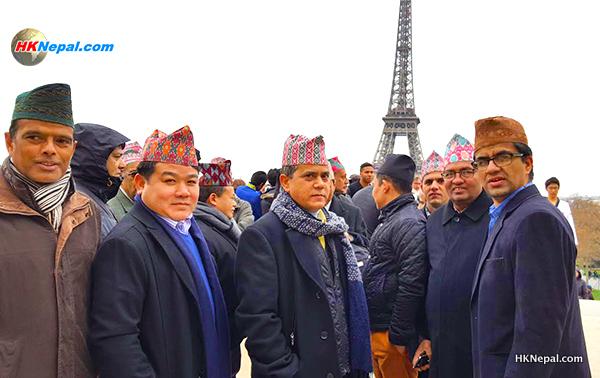 फ्रान्समा यसरी मनाइयो नेपाली टोपी दिवस (फोटो फिचरसहित)