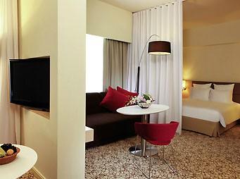 Photo Suite Novotel Mall of the Emirates