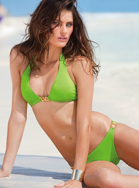 Isabeli Fontana In Victoria Secret 2011 Swimwears